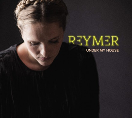 REYMER stelt 2de single UNDER MY HOUSE voor